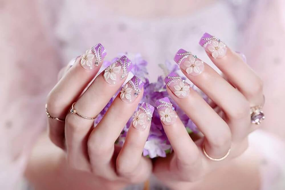 Một bộ móng đẹp không thể thiếu một người làm nails chuyên nghiệp