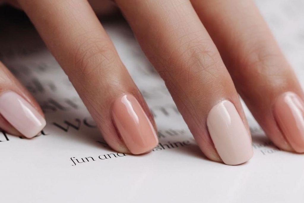 Nails gel giúp đôi tay trông mềm mại và quyến rũ hơn