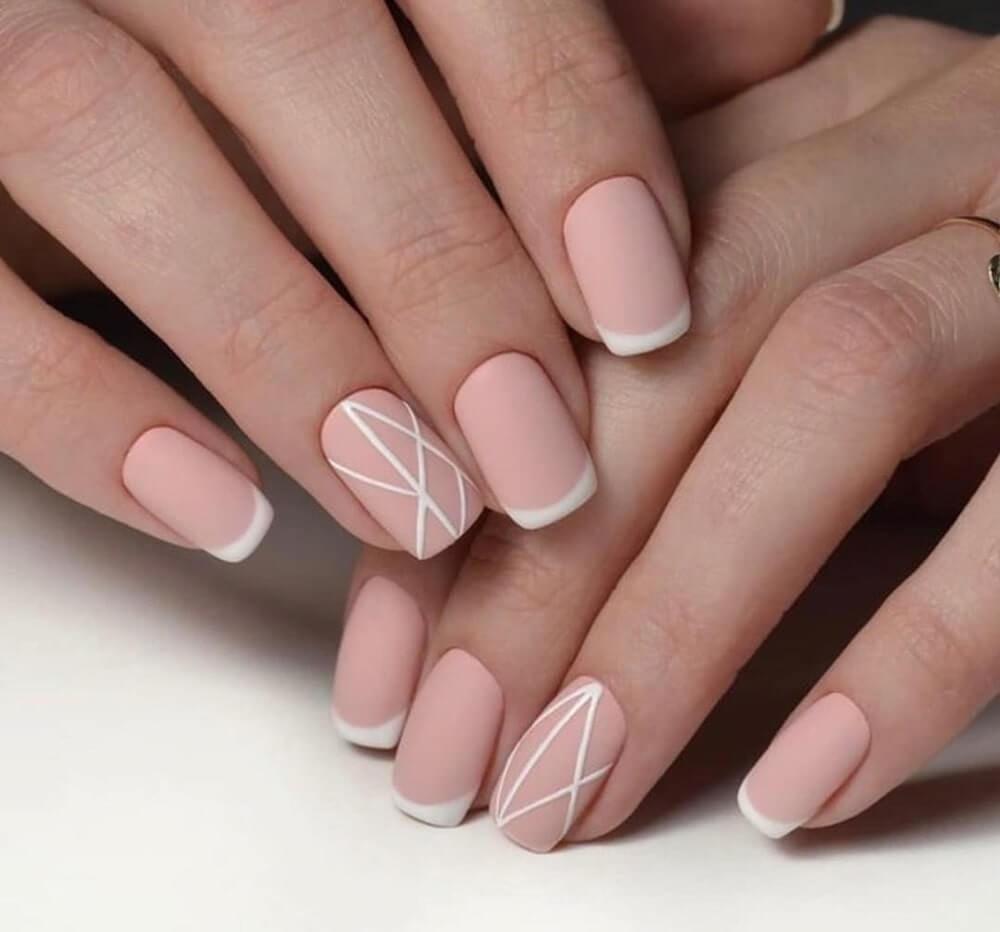 Một chút hồng đất và họa tiết sọc trắng cho đôi tay ngọt ngào