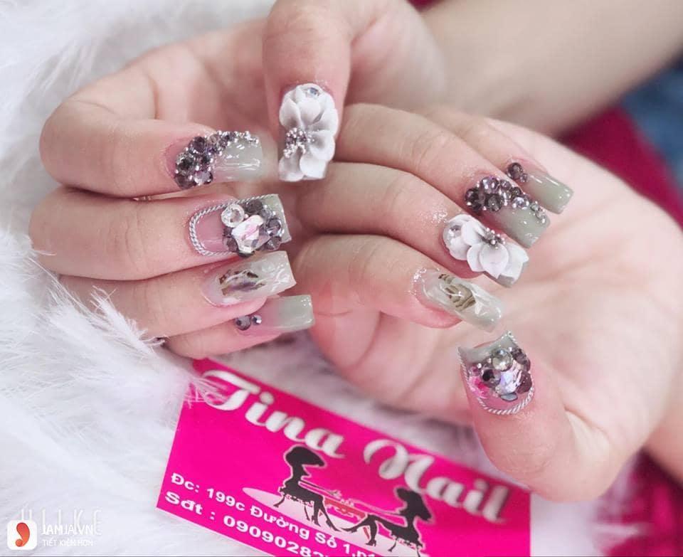 Tiệm nails nhỏ nhưng phục vụ khách hàng chu đáo
