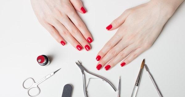 Một số dụng cụ cơ bản để tự làm móng tay đẹp tại nhà